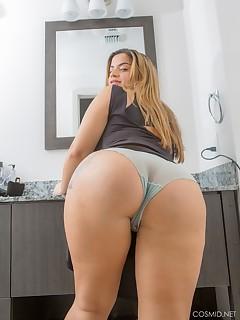 Ex big wife boobs